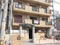 Livest Court Yakuin By Arua-Ru Apartments Japan