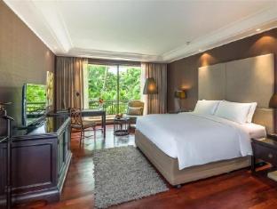 Swissotel Nai Lert Park Hotel Bangkok - Guest Room