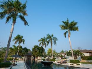 AKA Resort & Spa Hua Hin Hua Hin / Cha-am - Swimming Pool