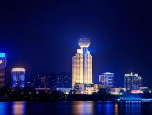 Wuhan Howard Johnson Pearl Plaza Hotel