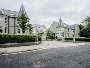 AM-PM West End Apartments