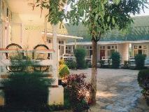 Primrose Hotel: guest room