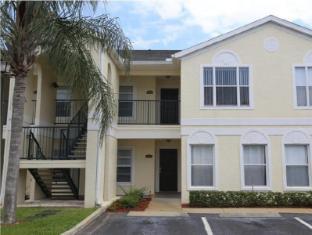 Grand Palms 3 Bed Condos & Community Pool - Orlando Select Vacation Rentals