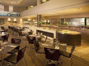 Stamford Grand North Ryde Hotel Sydney - Captain Cook's Cove Restaurant