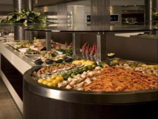 Stamford Grand North Ryde Hotel Sydney - Food and Beverages