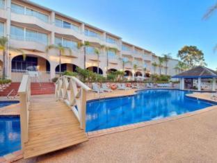 Stamford Grand North Ryde Hotel Sydney - Swimming Pool