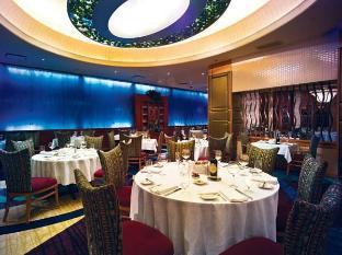 /seneca-niagara-resort-casino/hotel/niagara-falls-ny-us.html?asq=jGXBHFvRg5Z51Emf%2fbXG4w%3d%3d