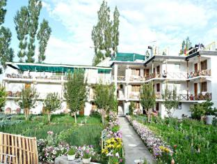 /padma-guest-house-and-hotel/hotel/leh-in.html?asq=jGXBHFvRg5Z51Emf%2fbXG4w%3d%3d