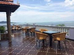 Ocean Breeze Hotel and Sky Bar | Cambodia Hotels