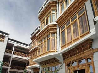 The Leh-Chen Hotel