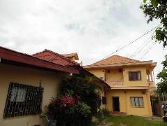 Laos Hotel | Phone Savanh Guesthouse