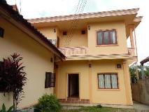 Phone Savanh Guesthouse: exterior