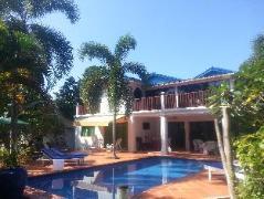 Rose Villa | Cheap Hotels in Sihanoukville Cambodia