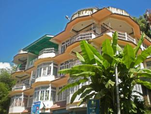 /hotel-green-retreat/hotel/gangtok-in.html?asq=jGXBHFvRg5Z51Emf%2fbXG4w%3d%3d