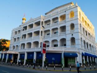 /sentrim-castle-royal-hotel/hotel/mombasa-ke.html?asq=5VS4rPxIcpCoBEKGzfKvtBRhyPmehrph%2bgkt1T159fjNrXDlbKdjXCz25qsfVmYT