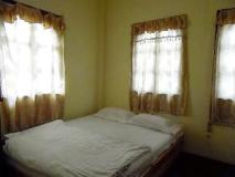 Vannaketh Guesthouse: guest room