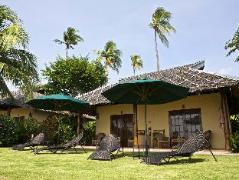 Philippines Hotels | Amontillado Beach and Dive Resort