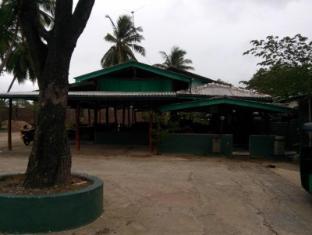 Hasthi Hotel