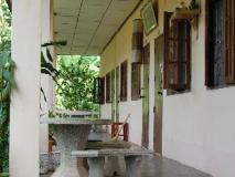 Sengkeo Guesthouse: balcony/terrace