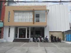 Hello Hotel   Indonesia Budget Hotels