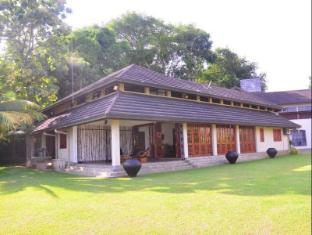 Serenity Lake Front Villa