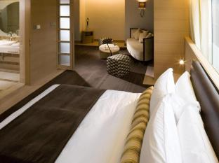 Hotel LKF By Rhombus (Lan Kwai Fong) Hongkong - Külalistetuba