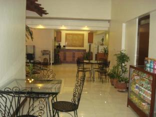 El Rico Suites Hotel Manila - Lobby