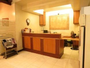 El Rico Suites Hotel Manila - Reception