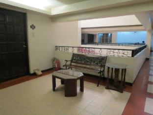 El Rico Suites Hotel Manila - Interior