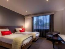 Crest on Barkly Hotel: guest room