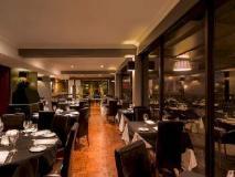 Crest on Barkly Hotel: restaurant