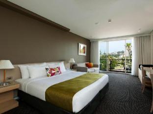 Coogee Sands Hotel Sydney - Deluxe Ocean View Studio