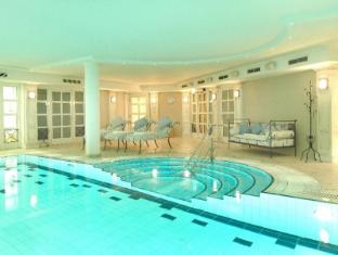 Louisa's Place Berlin - Swimming Pool