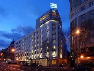 /vi-vn/hotel-paseo-del-arte/hotel/madrid-es.html?asq=vrkGgIUsL%2bbahMd1T3QaFc8vtOD6pz9C2Mlrix6aGww%3d