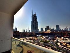 Burj Al Nujoom Downtown Holiday Apartment | UAE Hotel Discounts