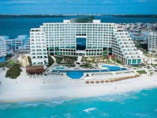 /live-aqua-cancun-all-inclusive-adults-only/hotel/cancun-mx.html?asq=jGXBHFvRg5Z51Emf%2fbXG4w%3d%3d