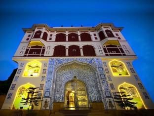 /umaid-mahal-a-heritage-style-boutique-hotel/hotel/jaipur-in.html?asq=5VS4rPxIcpCoBEKGzfKvtBRhyPmehrph%2bgkt1T159fjNrXDlbKdjXCz25qsfVmYT