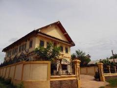 Laos Hotel | Saisomzon Guesthouse