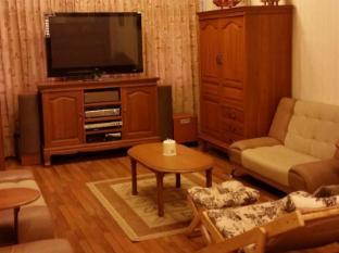 Meyon Holidays Apartment