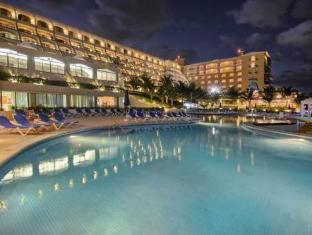 /de-de/golden-parnassus-resort-spa-all-inclusive/hotel/cancun-mx.html?asq=vrkGgIUsL%2bbahMd1T3QaFc8vtOD6pz9C2Mlrix6aGww%3d