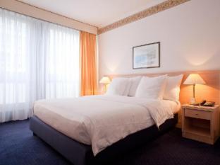 드레이크 롱챔프 스위스 퀄리티 호텔