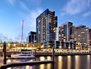 Apartments At Docklands