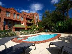 Australia Hotel Booking | Quest Royal Gardens
