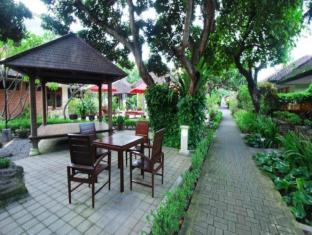 Yulia Beach Inn Hotel Bali - Facilities