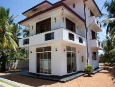 Magic Seashell Villa | Sri Lanka Budget Hotels