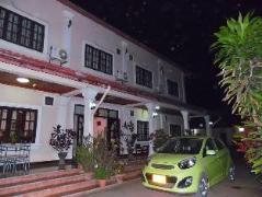 Hotel in Laos | Peeyada Guesthouse