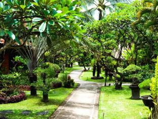 Keraton Jimbaran Beach Resort Bali - Garden