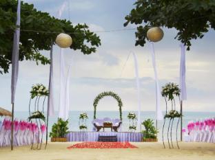 Keraton Jimbaran Beach Resort Bali - Beach