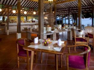 Keraton Jimbaran Beach Resort Bali - Restaurant