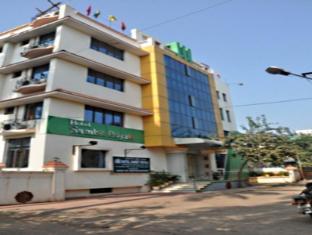 /hotel-sambit-royale/hotel/bhubaneswar-in.html?asq=jGXBHFvRg5Z51Emf%2fbXG4w%3d%3d